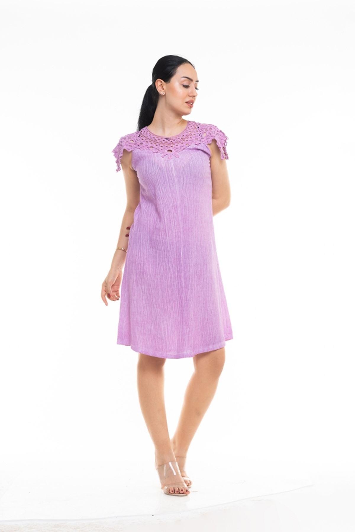 Dantel Yaka Uzun İtalyan Elbise