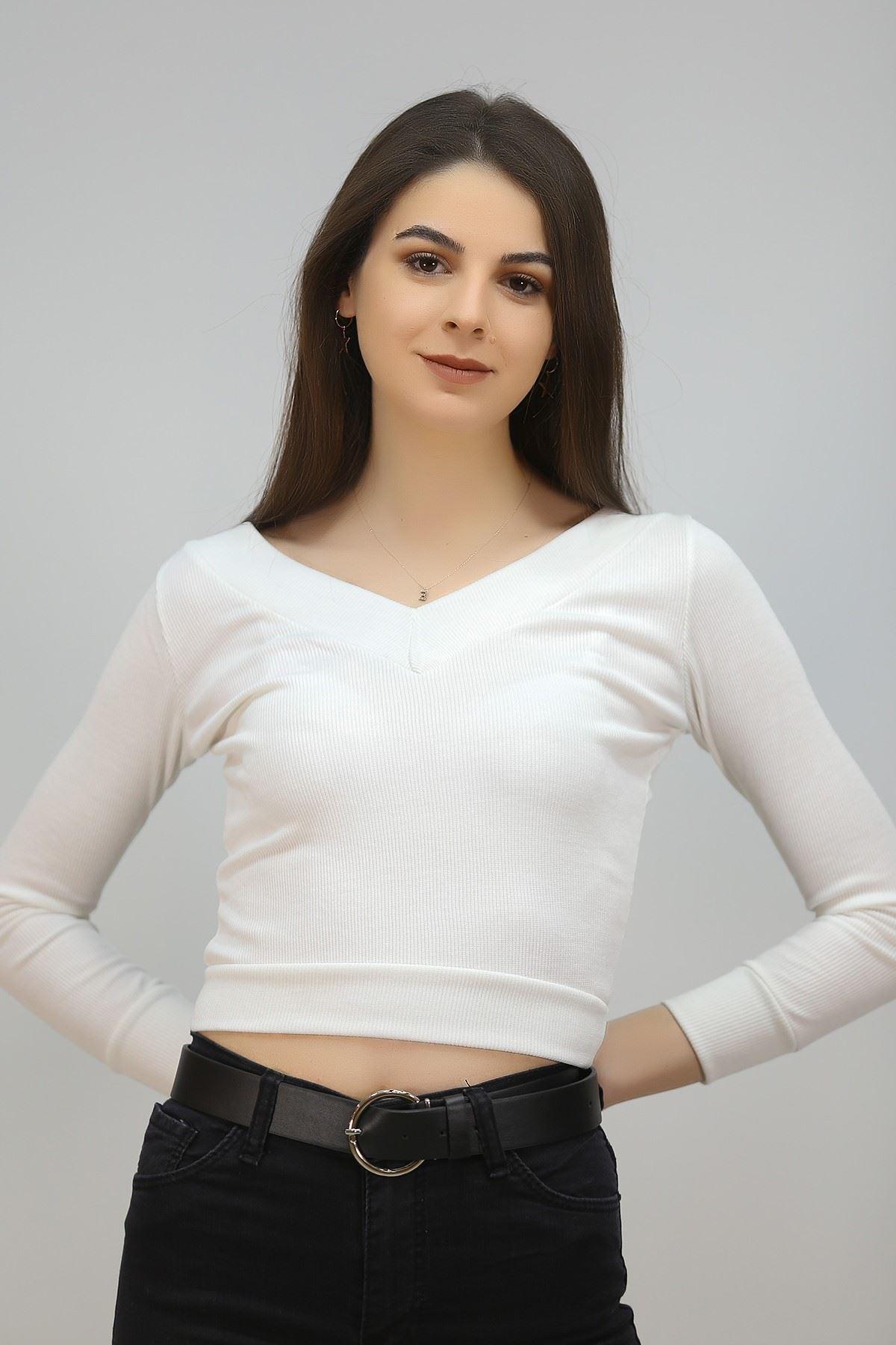 V Yaka Bluz Beyaz - 4786.316.