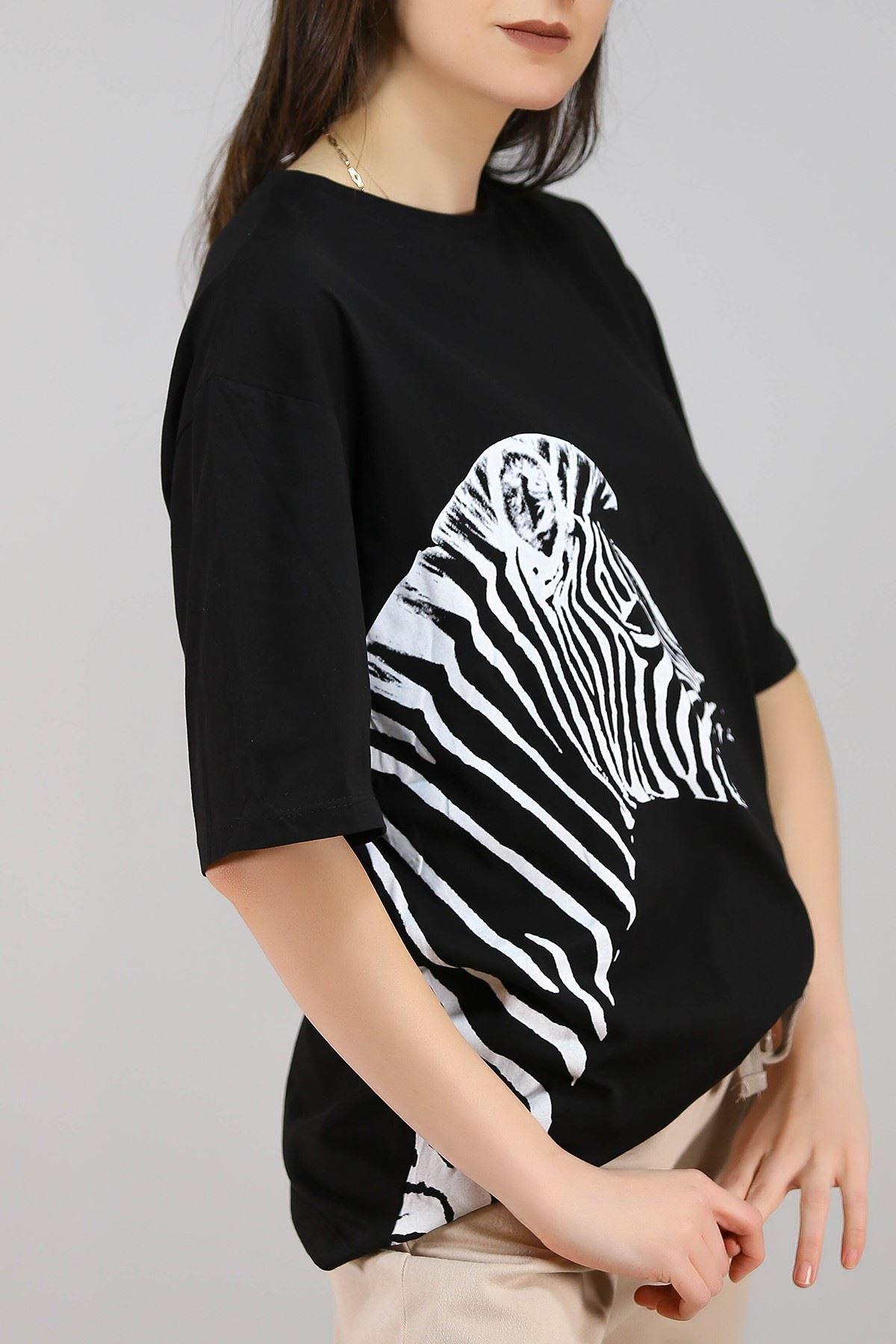 Zebra Baskılı Tişört Siyah - 3643.222.
