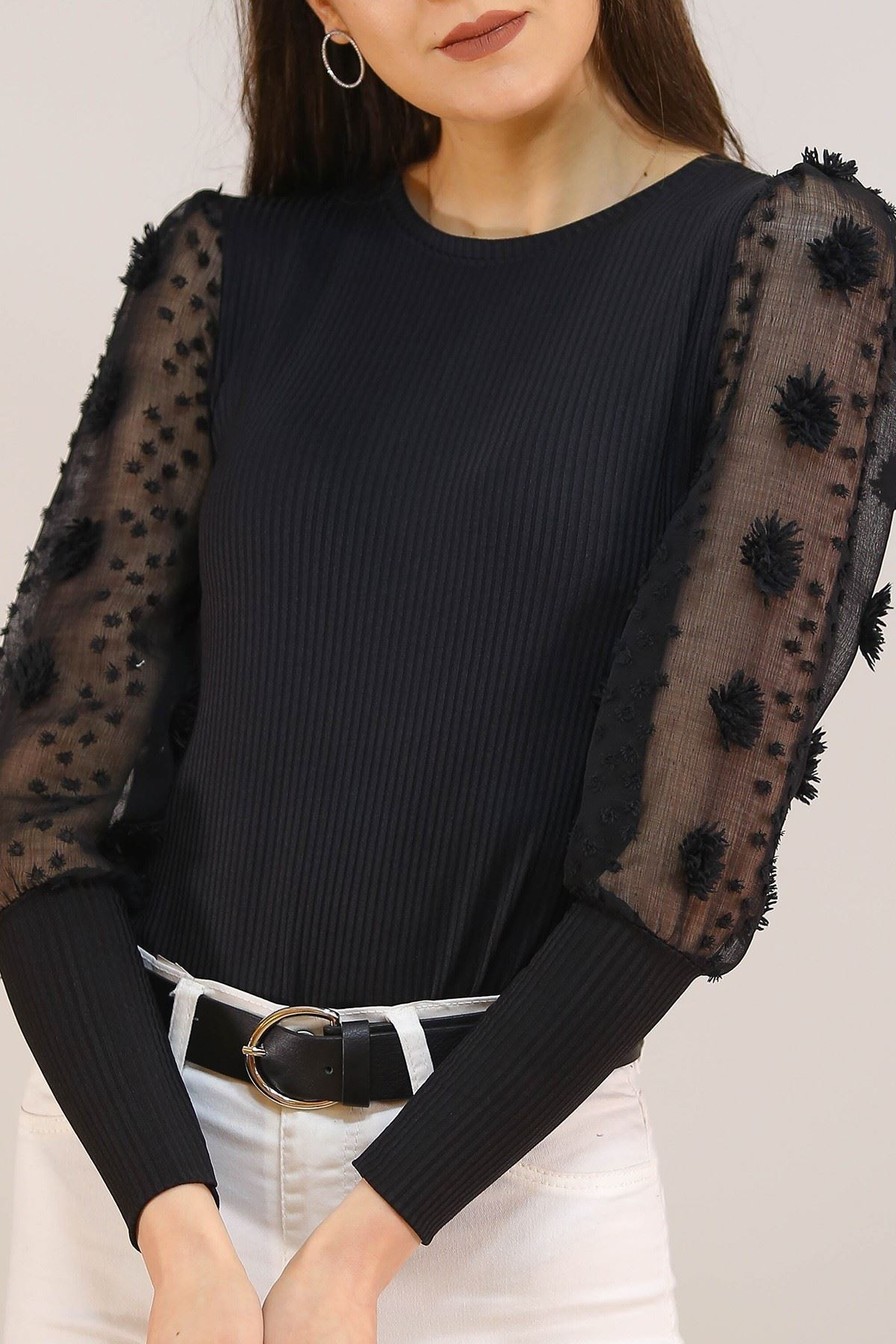 Kolları Ponponlu Bluz Siyah - 5204.224.