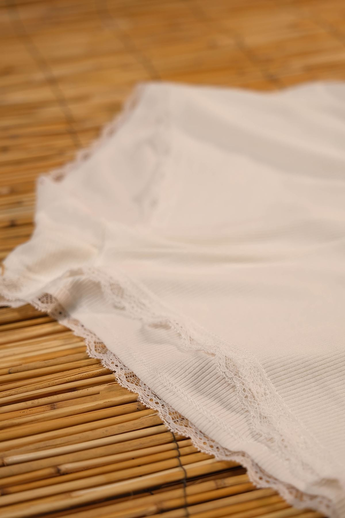 Dantelli İkili Takım Beyaz - 5202.450.