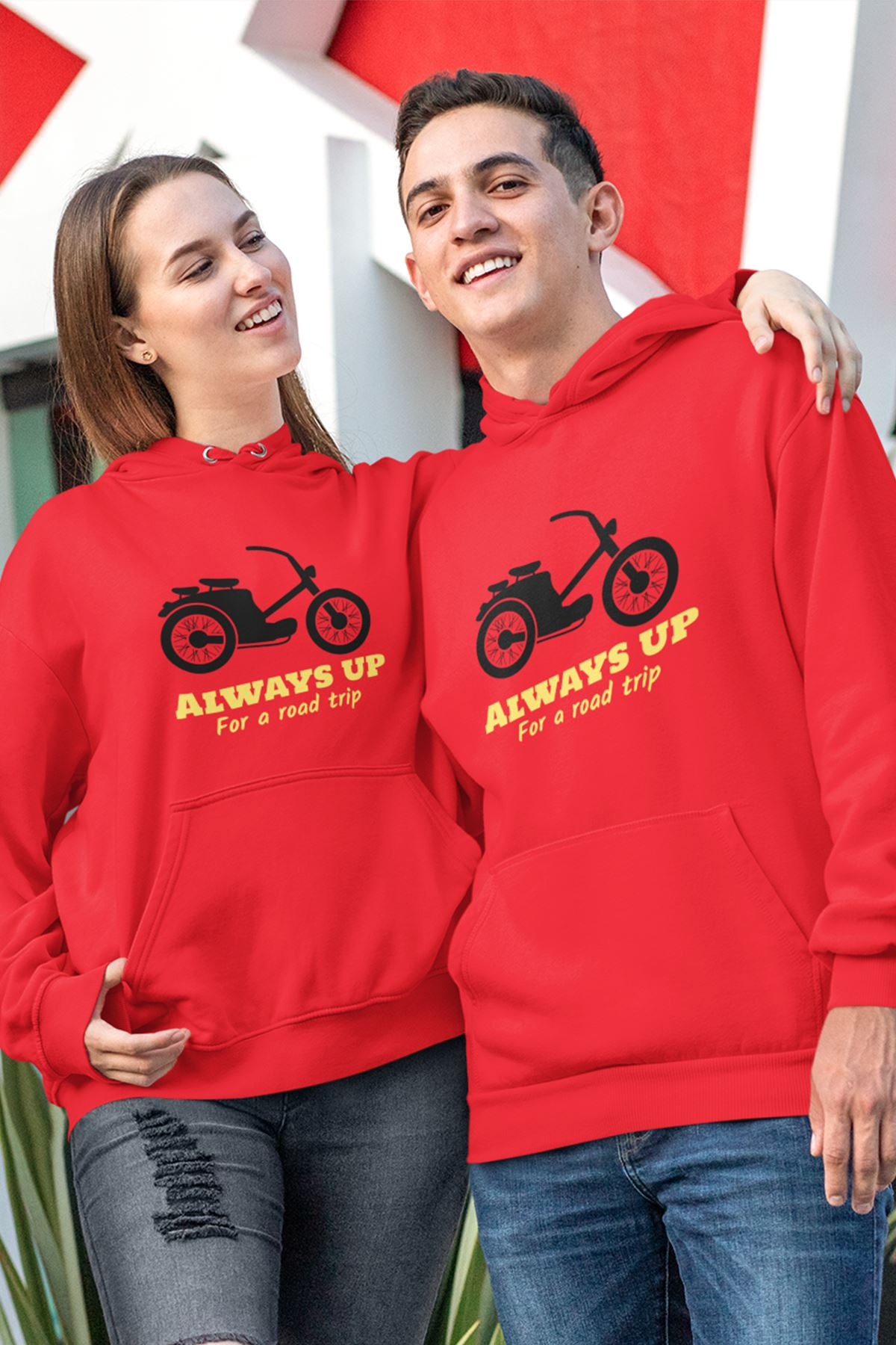 Sevgili Kombini Motorsiklet Kırmızı Kapşonlu Sweatshirt - Tek Ürün Fiyatıdır.
