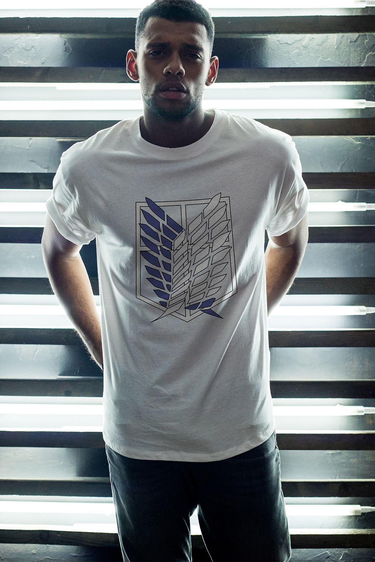 Anime Titan Beyaz Erkek Oversize Tshirt - Tişört